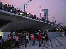 2006081211s